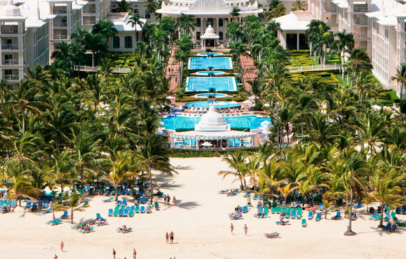 "Riu highlights the great success of the new concept ""Riu Pool Party"" in Punta Cana"