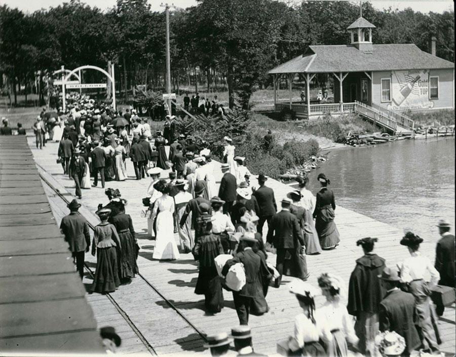 Cedar_Point_in_the_1890s—AMUSEMENT-PARKS-17